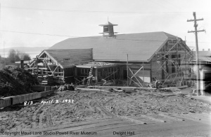 Construction of Dwight Hall